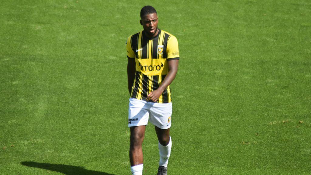 Bazoer twijfelgeval bij Vitesse voor Anderlecht, Tannane mogelijk erbij