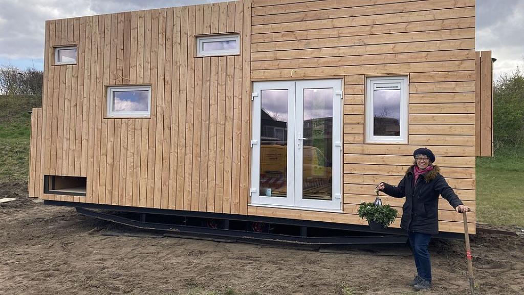 Derde tiny house  geplaatst aan de Rappad in Harderwijk