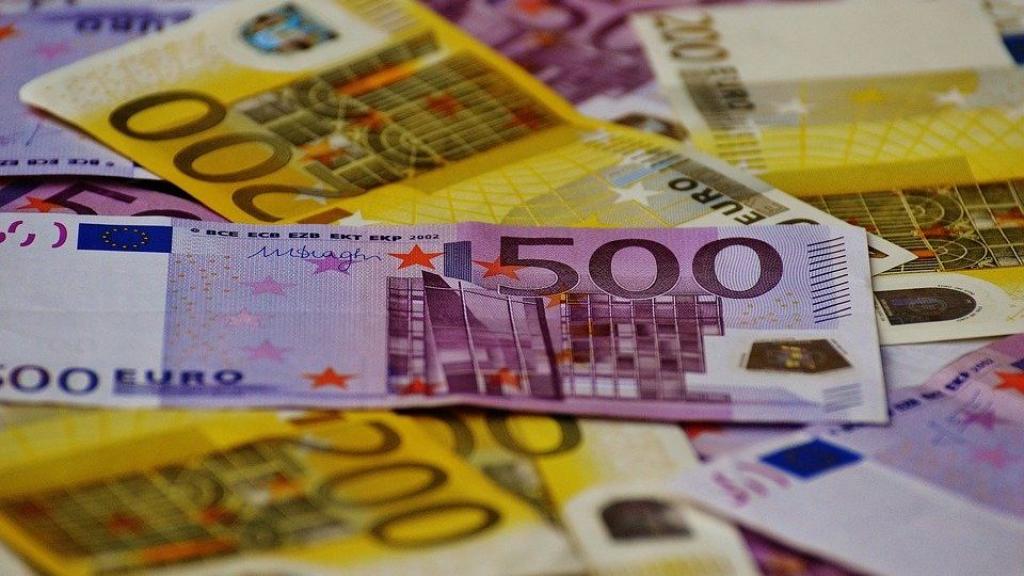 Financieel gezien zit de gemeente Ede er de komende jaren warmpjes bij.  Foto: Pixabay