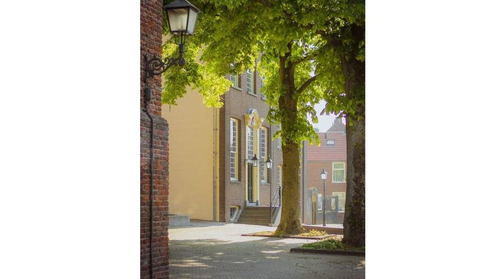 Max ter Burg, Het Oude Raadhuis te Rhenen, 2020. Foto: Facebookpagina Gemeente Rhenen