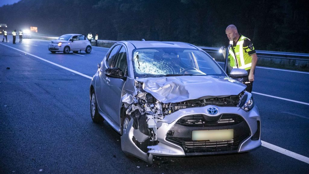 Voetgangers aangereden op snelweg A12, dode en zwaargewonde