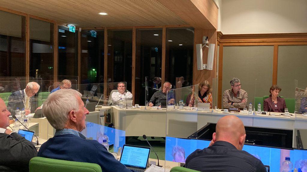 De gemeenteraad van Heerde vergaderde maandagavond over inwonersparticipatie. Foto: Omroep Gelderland