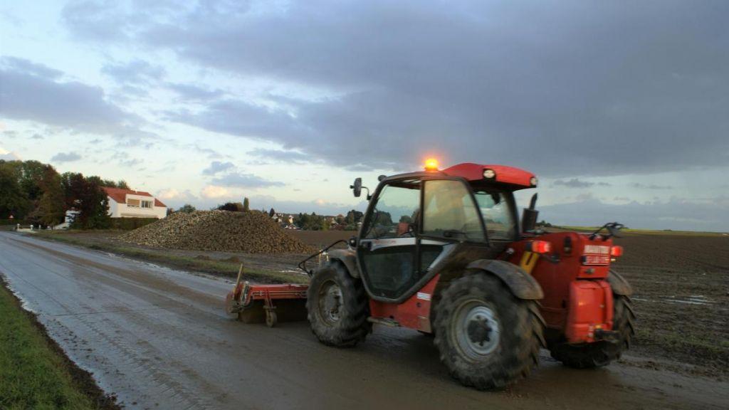 Oogsttijd zorgt voor onveilige situaties op de weg
