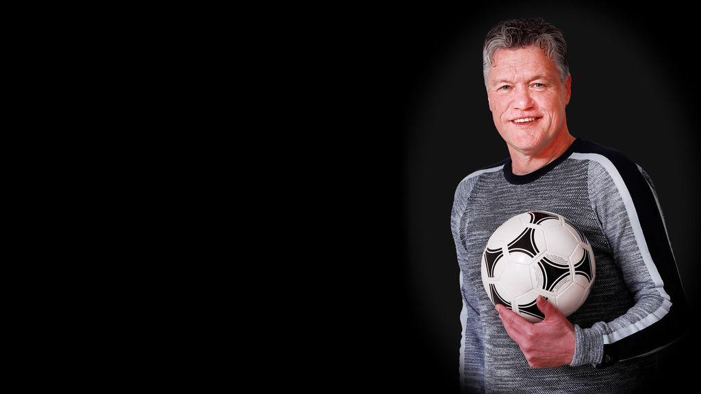 "''Linkspoot, van 't Vilje tot Champions League"": Autobiografie van  oud-Groesbeker Arno Arts"