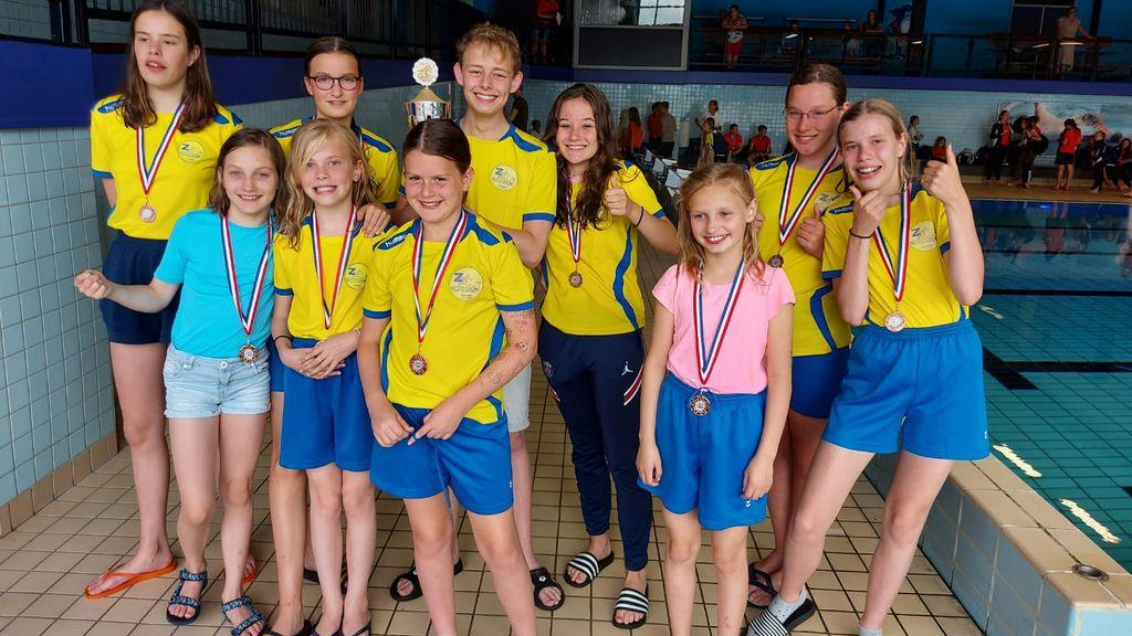 Zwemmers spelen eerste wedstrijd sinds oktober