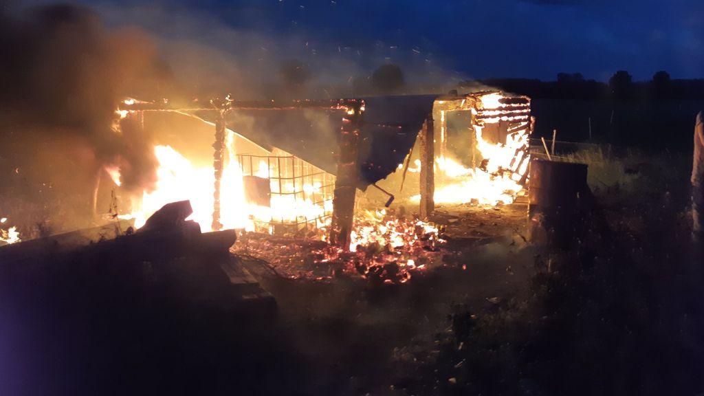 Houthok in vlammen op